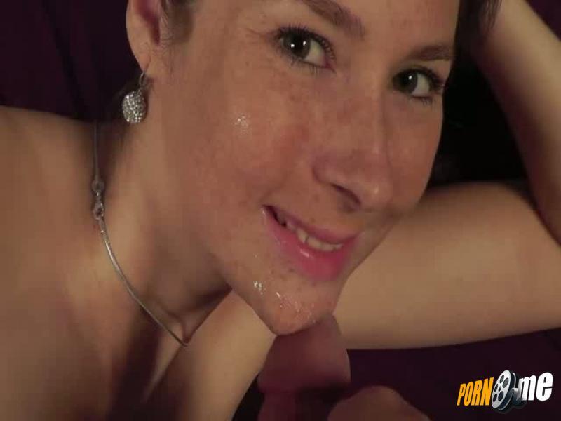nina porno blowjob lippen und sperma