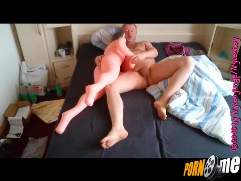 porno mit gummipuppe